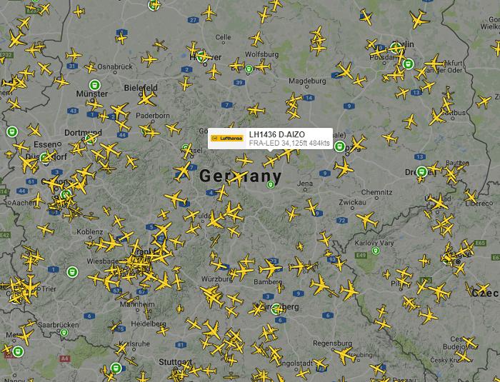 Flight radar online, live plane map