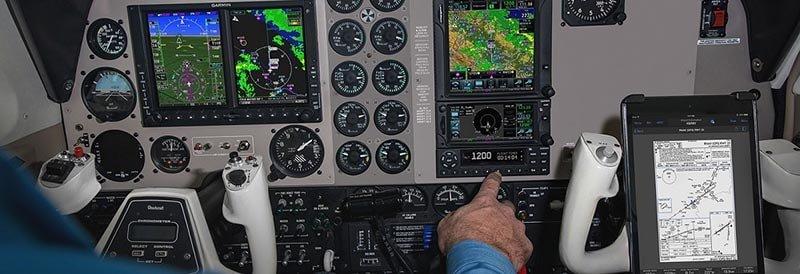 ADS-B in plane