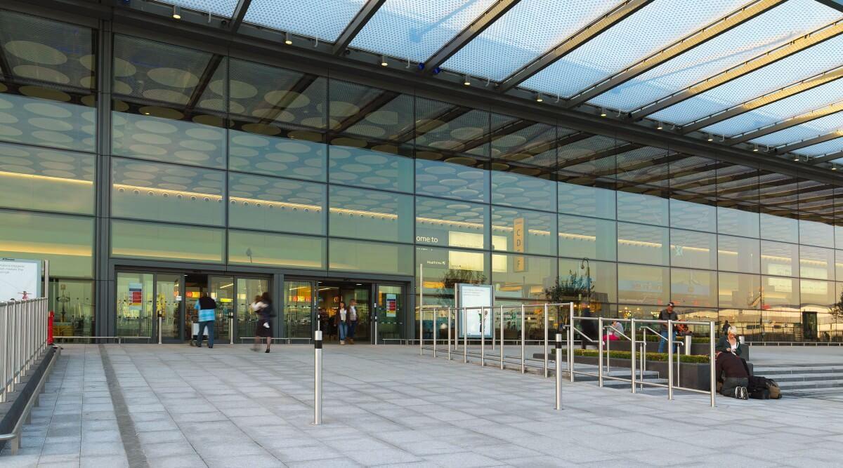 Gatwick Airport North Terminal Postcode >> Heathrow (LHR) Terminal 4 > Hotels, Postcode, Shops ...