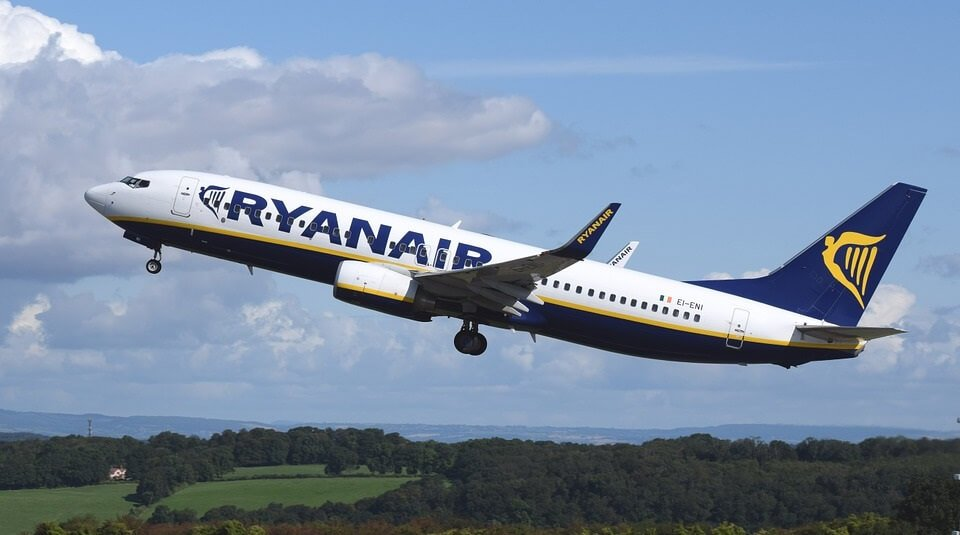 Ryanair in Gatwick South terminal