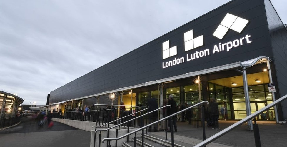 Luton airport outside