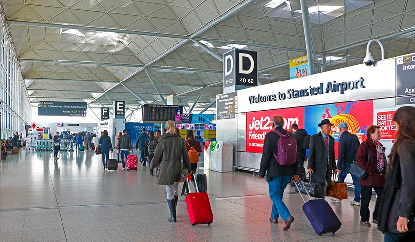 stansted live departures